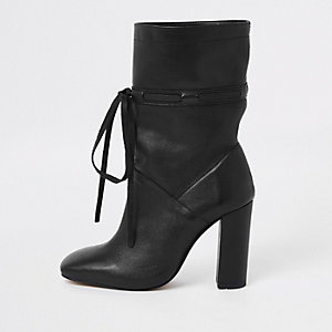 Black leather tie block heel slouch boots