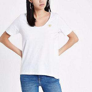 Wit T-shirt met lage ronde hals