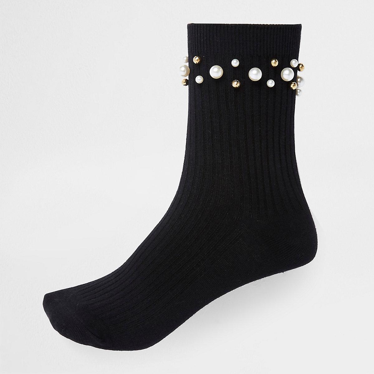 Black pearl trim ankle socks
