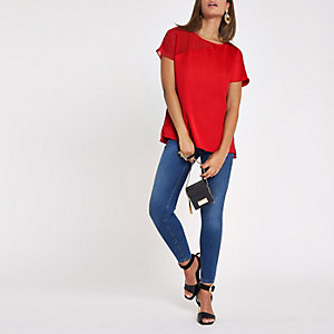 Red sheer shoulder sleeve T-shirt