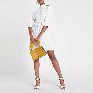 White button shoulder swing dress