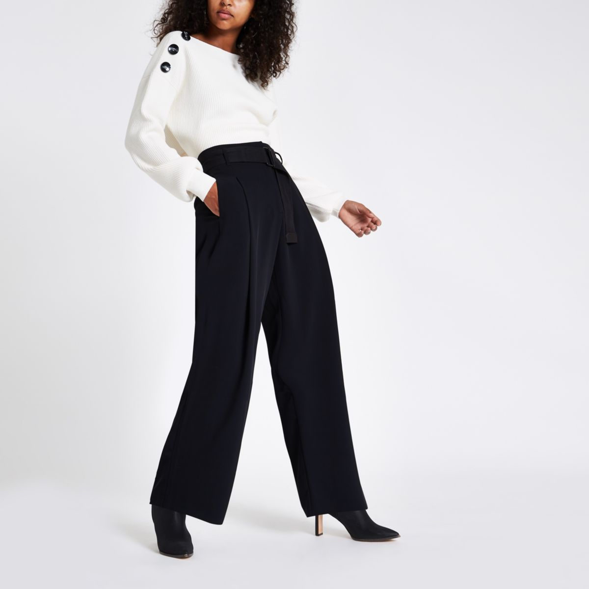 Black wide leg belted pants