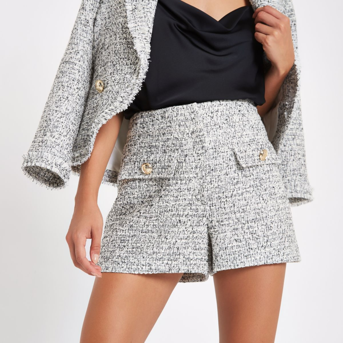 White check boucle short