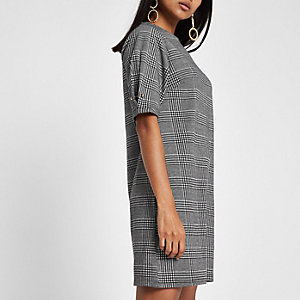 RI Petite - Zwarte geruite jurk van ponte-stof