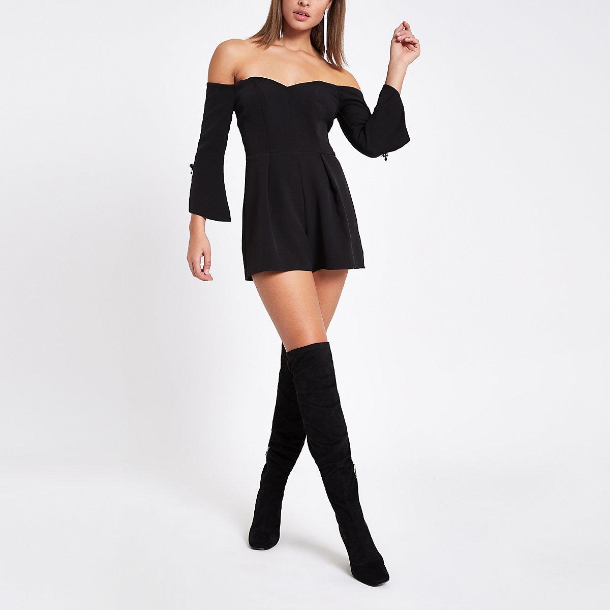 Zwarte smokingplaysuit in bardotstijl