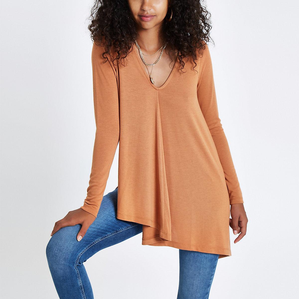 Light brown long sleeve drape top
