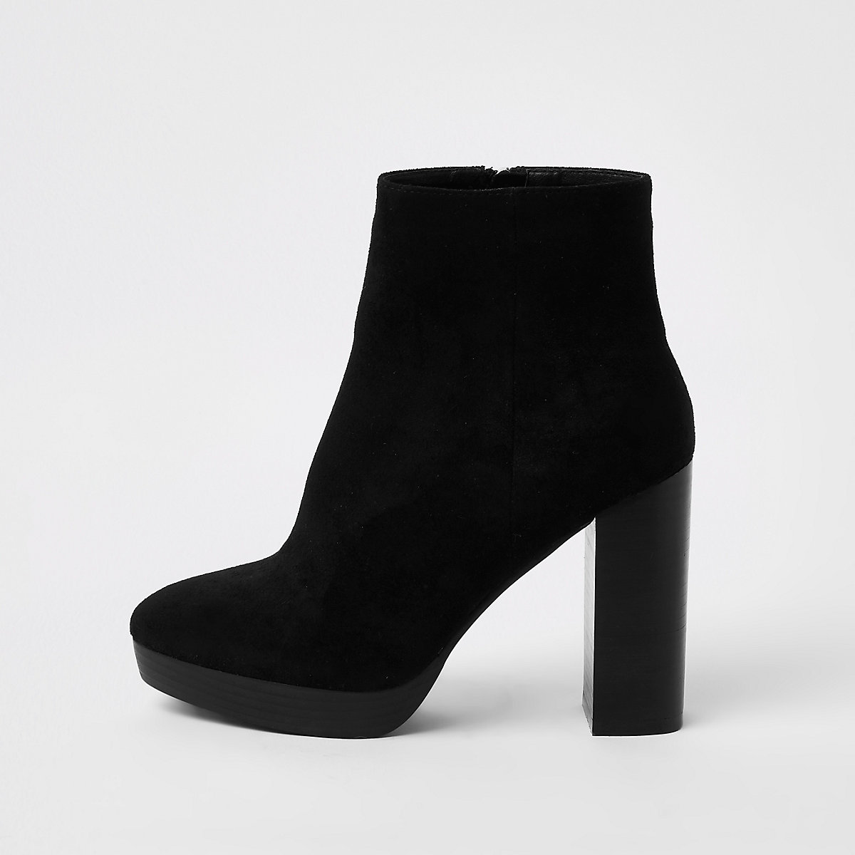 Zwarte stevige imitatiesuède laarzen met plateauzool en brede pasvorm