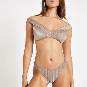 Kaki hoog uitgesneden bikinibroekje met textuur