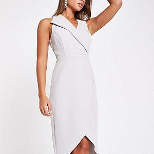 Grijze mouwloze midi-jurk met overslag voor