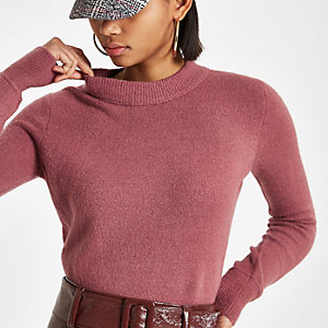 Pink knit asymmetric hem jumper