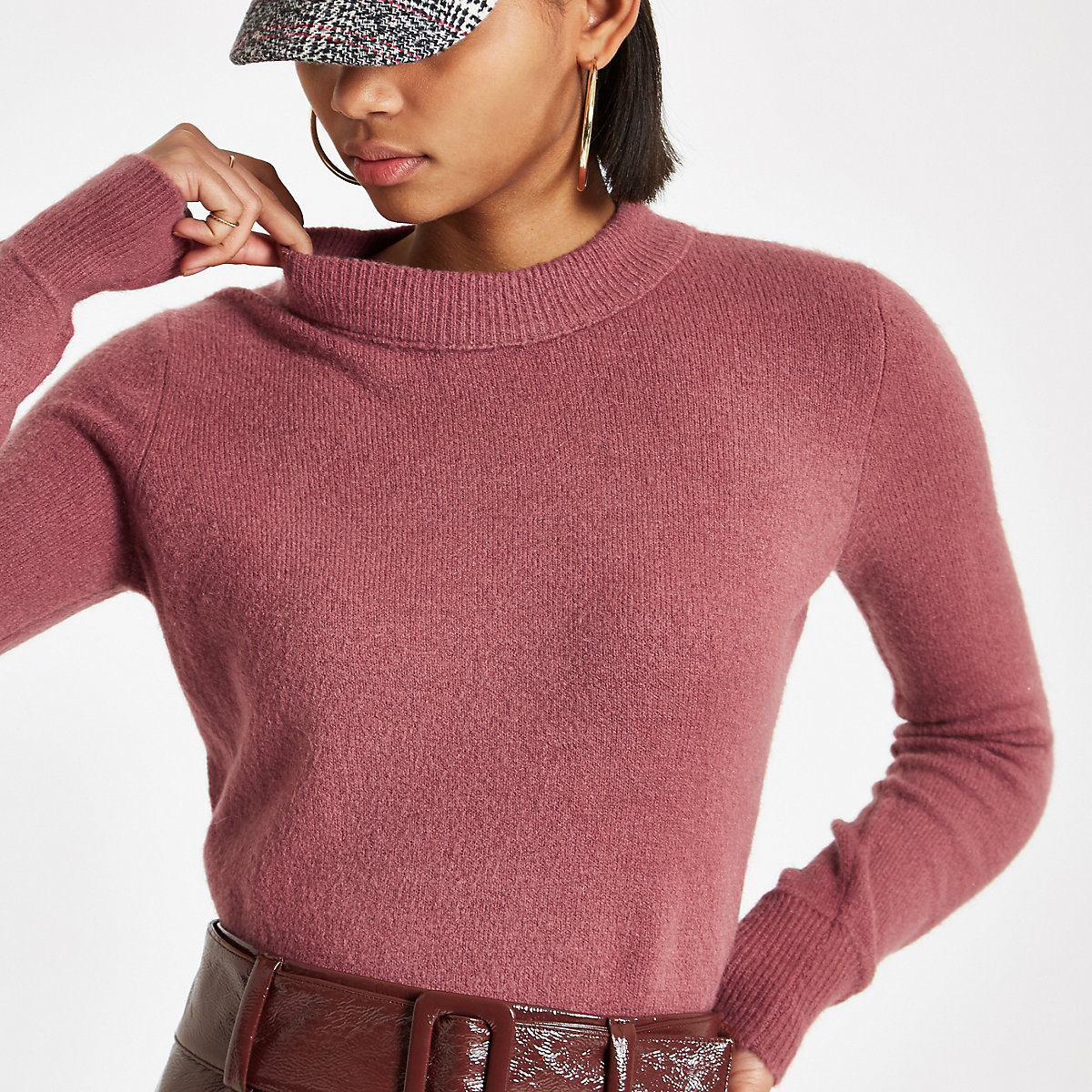 Pink knit asymmetric hem sweater