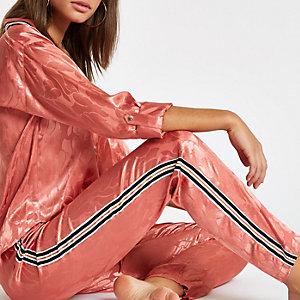 Pantalon de pyjama rose motif jacquard avec bande sut le côté