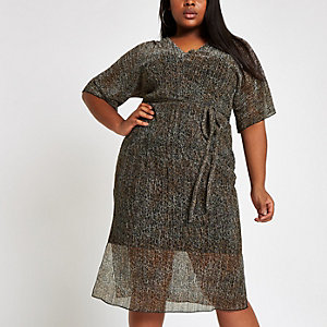 Plus brown plisse leopard print midi dress