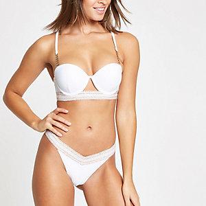 Bas de bikini échancré blanc à bordure élastique