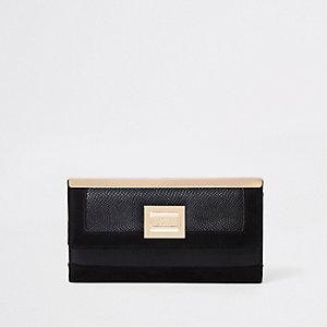 Black pocket front foldout purse