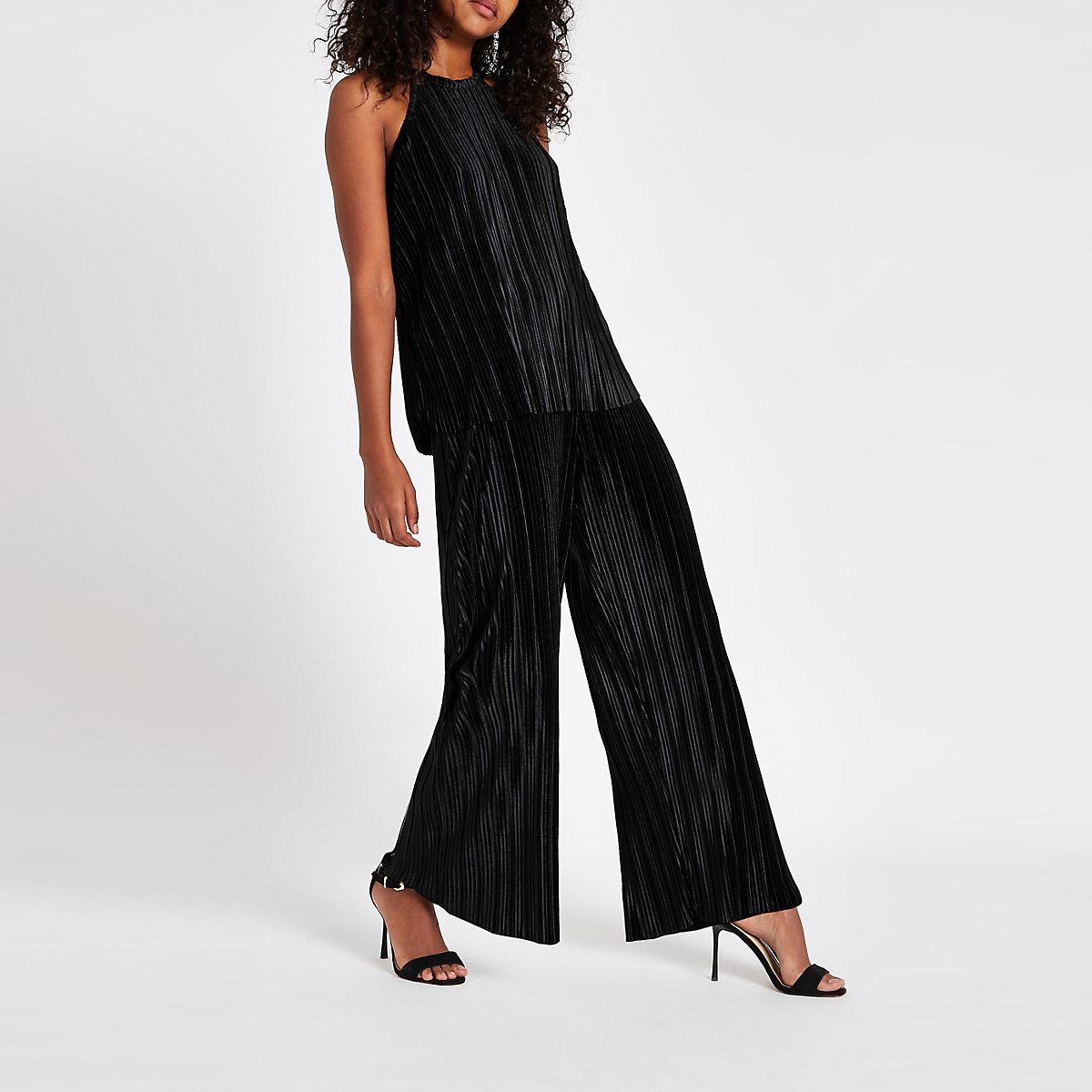 Black velvet plisse sleeveless top