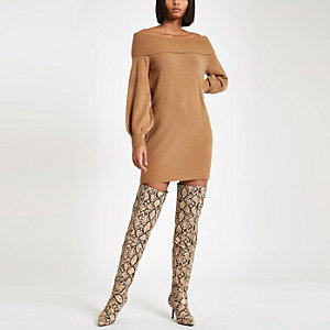 Robe pull Bardot en maille marron