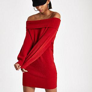 Rode trui-jurk met bardothals