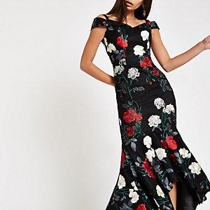 Chi Chi London – Robe Bardot à fleurs noire