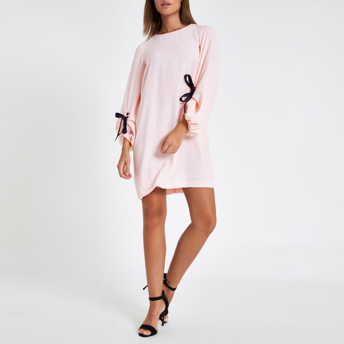 Pink tie detail balloon sleeve dress