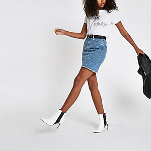 T-shirt «Women» blanc orné de strass