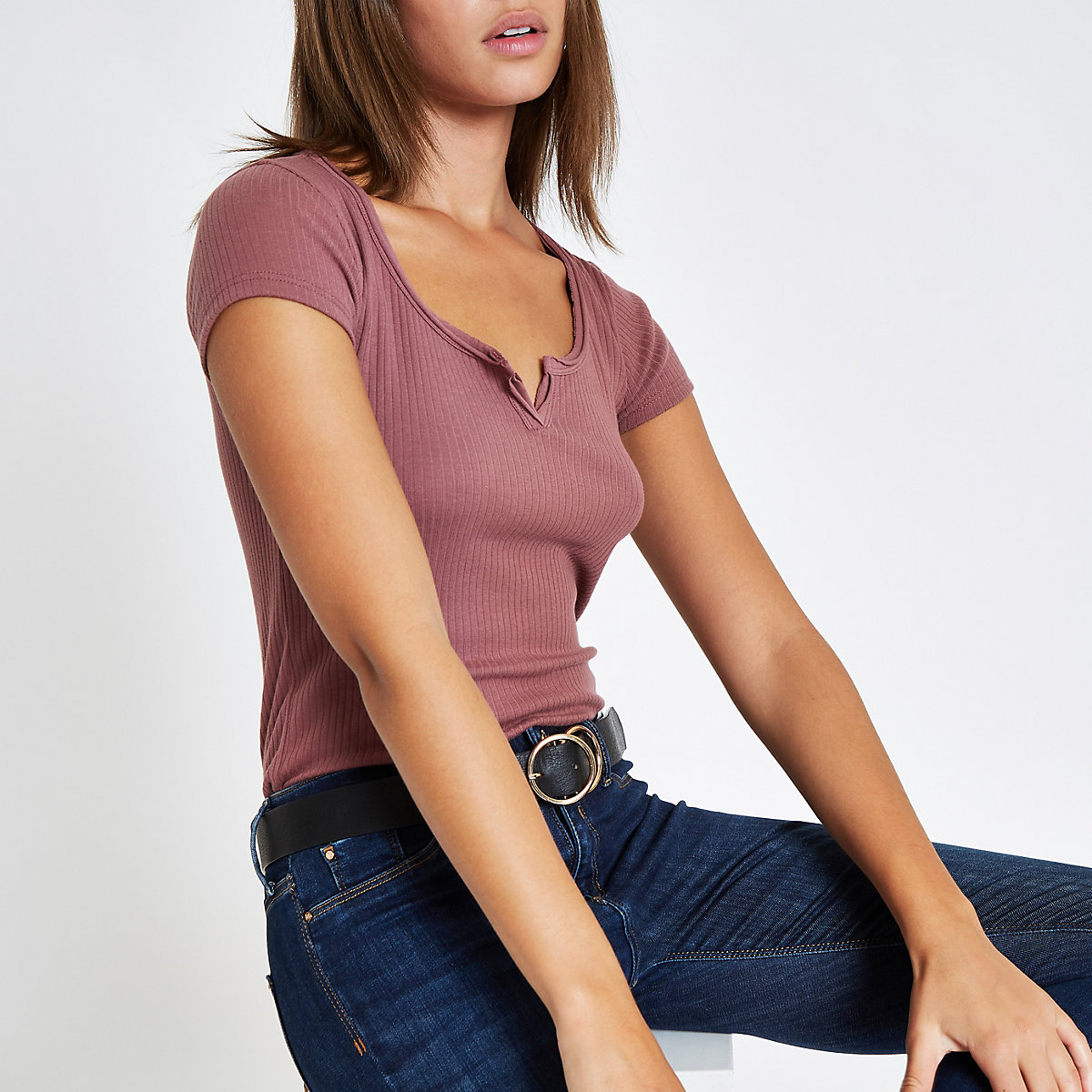 Dark pink notch front T-shirt