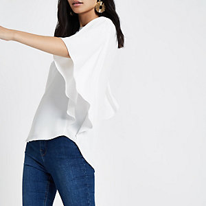 White round neck frill sleeve blouse