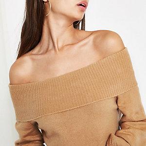 Beige gebreide pullover in bardotstijl