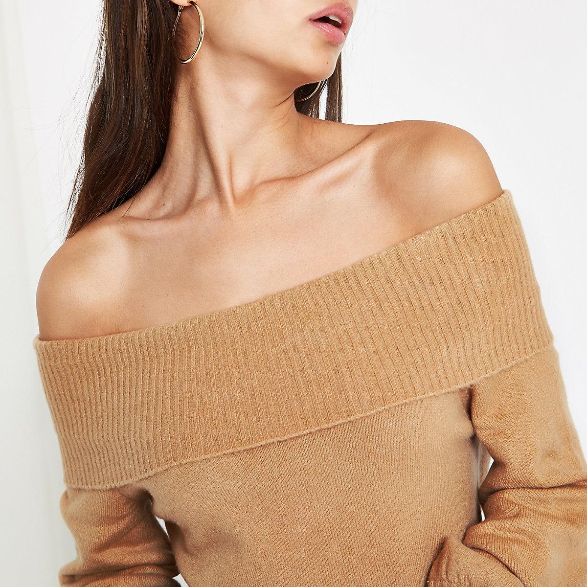 Beiger Bardot-Pullover