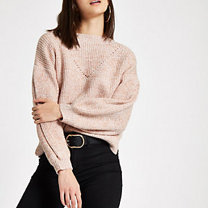 Pull en maille luxueuse rose à manches bouffantes
