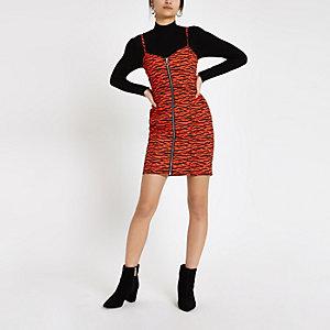 Rotes Bodycon-Jeanskleid mit Zebramuster