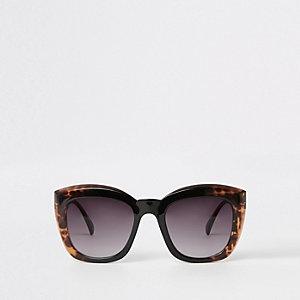Lunettes de soleil glamour carrées effet écaille de tortue marron