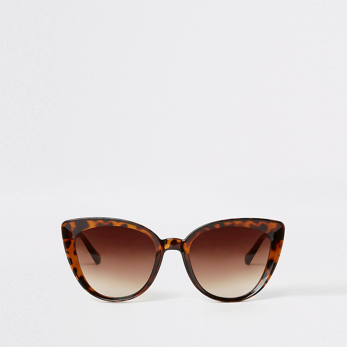 Brown tortoiseshell cat eye sunglasses