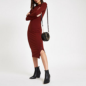 Dark red rib button side midi dress