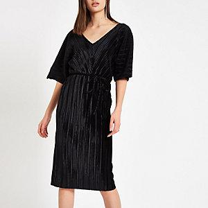 Black velvet plisse bodycon midi dress
