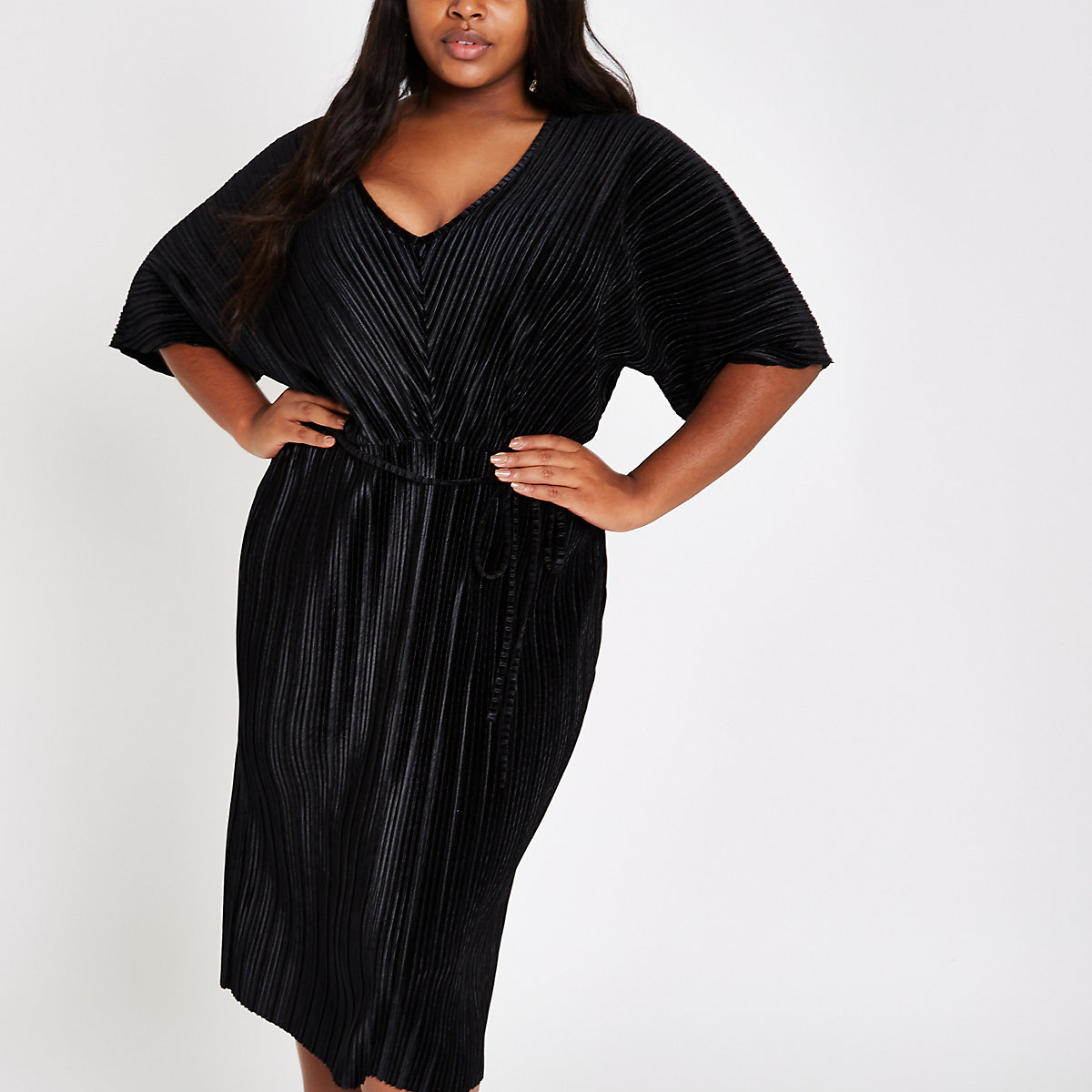 Plus black velvet plisse kimono sleeve dress