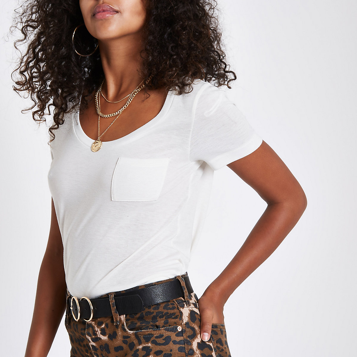 White scoop neck pocketed T-shirt