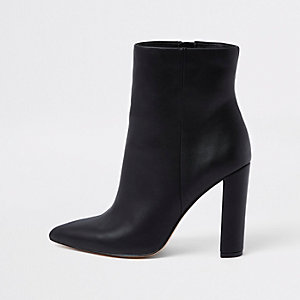 Black pointed toe block heel boots