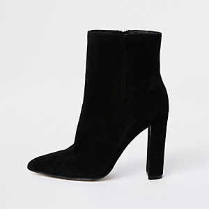 Black suede pointed toe block heel boot