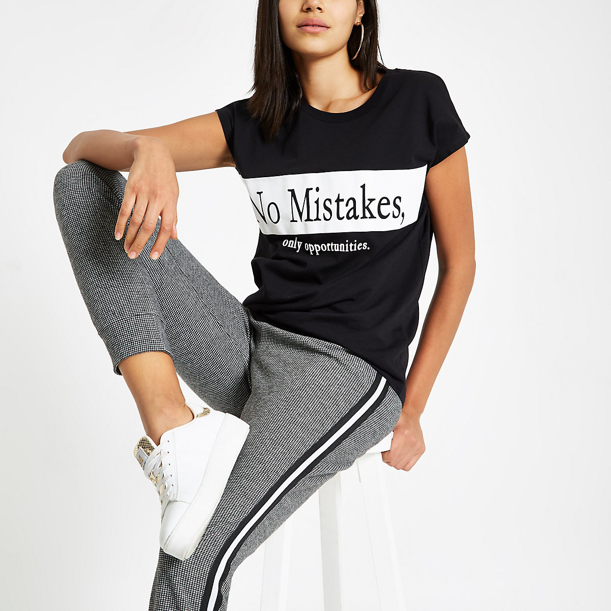 Black 'no mistakes' print T-shirt