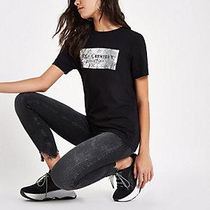 """Schwarzes T-Shirt mit """"Rue Cremiux""""-Print"""