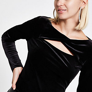 Black velvet twist long sleeve top