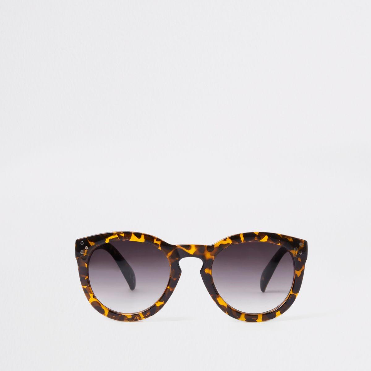 Brown leopard print smoke lens sunglasses