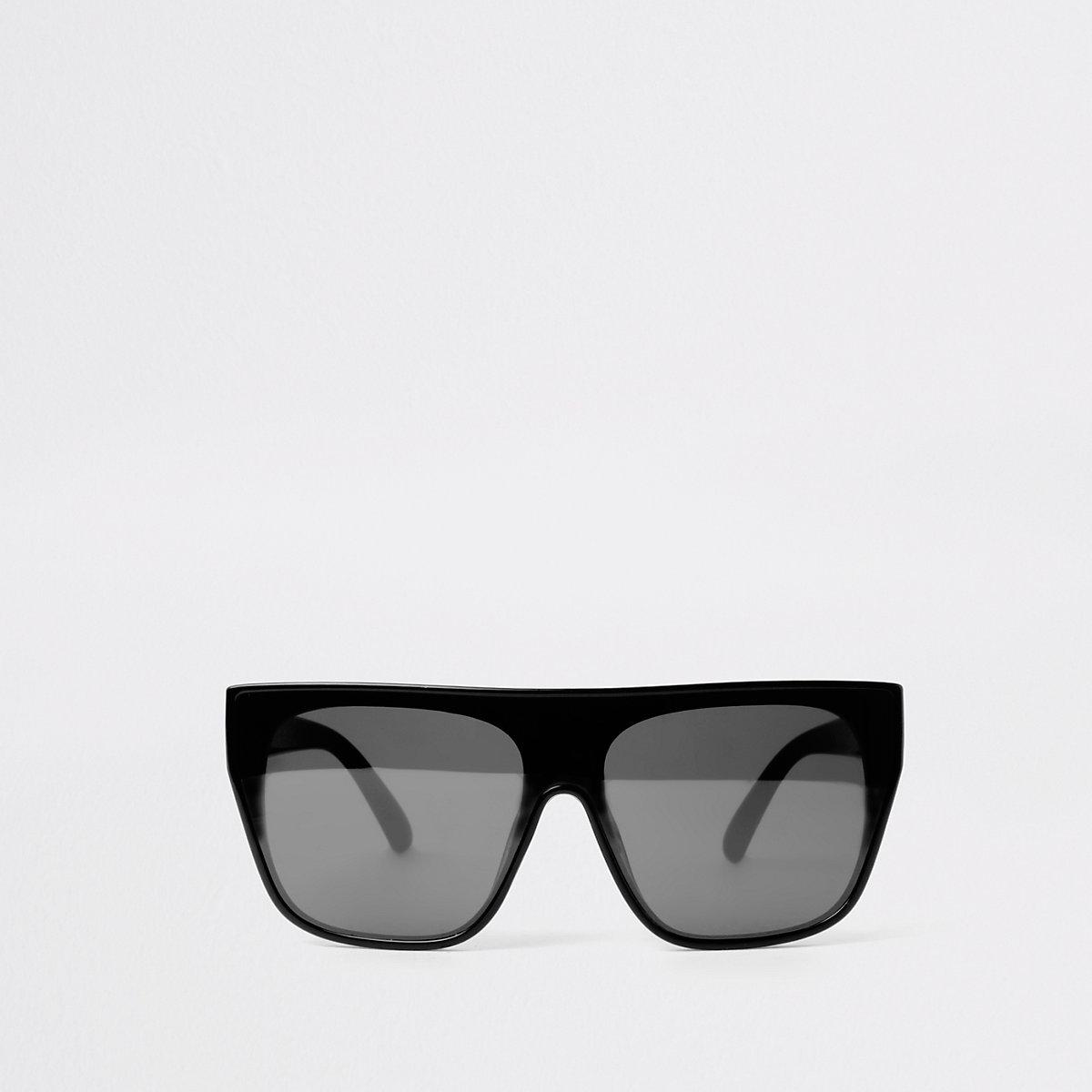 Black visor smoke lens sunglasses