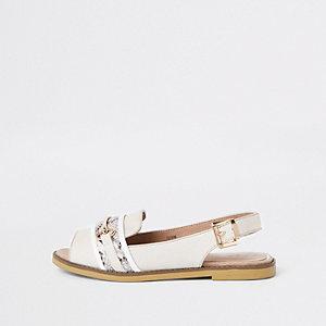 Witte slingback peeptoe loafers met slangenleerprint