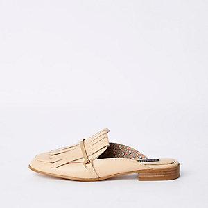 Loafer in Hellrosa aus Leder mit Fransen