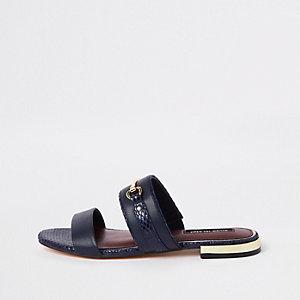 Marineblauwe platte sandalen
