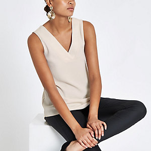 Beige V neck sleeveless bar back top