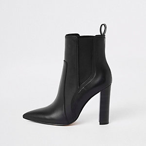 Bottines en cuir noires à bout pointu
