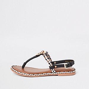 Sandales plates en cuir noires à cordon et anneau